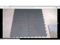 mats heavy duty gardens driveways muddy areas 1 meter square each mat 20 in total £200 bargain