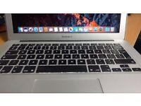 Apple Macbook Air 13.3 Intel Core i5 @ 1.7GHz 128GB SSD 4GB