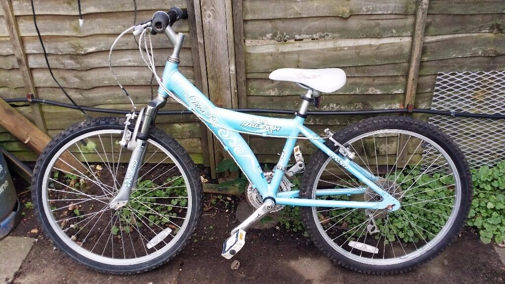 """Raleigh Diva Girls bicycle - 24"""" tyres - Ready to Ride condition"""