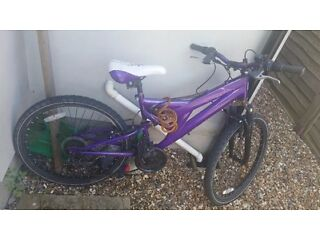 female purple bicycle in perfect condition with lock, pump and lights