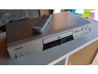 Toshiba DVD player - SD-210E with remote control