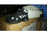 BRAND NEW KIDS TRAINERS ideal carboot or market trader