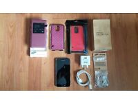 Samsung Galaxy S5 (Electric Blue) with 1 Official S-View Case and 2 other cases, Mint Condition