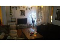 Double room in large bright and airy first floor 2 bed crouch end N8