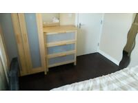 Double room available in Woolwich