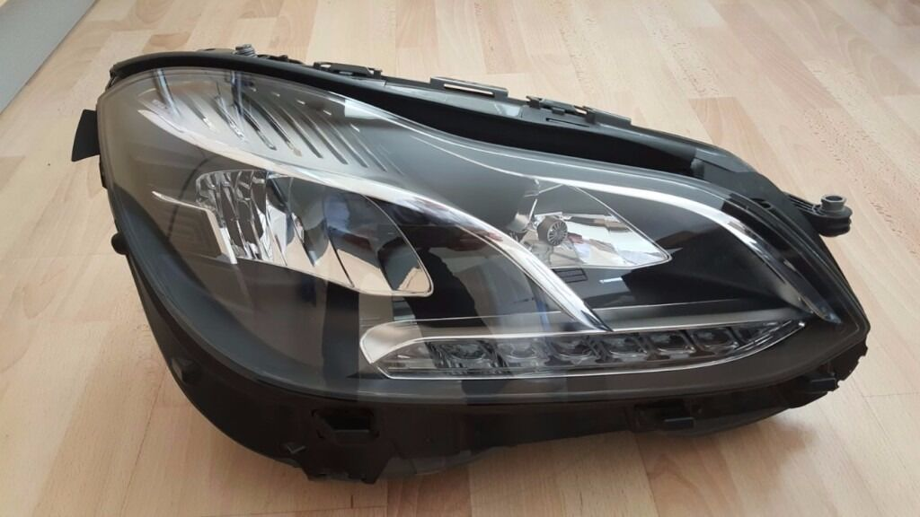 MERCEDES E CLASS W212 XENON LED HEADLIGHT DRIVERS SIDE EXCELLENT CONDITION