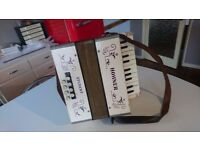 VINTAGE HOHNER STEEL REEDS PIANO STUDENT ACCORDIAN ALL ORIG SOUNDS GOOD LEATHER STRAPS G USED COND