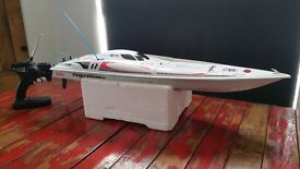 KYOSHO TWINSTORM 800 RC POWERBOAT