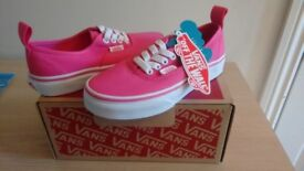 Vans Kids Trainers, Girls Size 12.5 Brand New in box