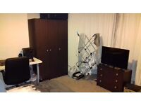Room to rent (Dogfield Street)