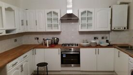 Painter and Decorators, Experienced Builders East London, Domestic Building Works.