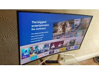 SAMSUNG 43-inch CURVED SCREEN Smart 4K HDR LED TV-43KU6500, built in Wifi,Good CONDITION