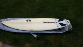 Pipedream Surfboard 5ft 11inch