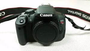 Canon Rebel T5i DSLR Camera Body Charger & Battery