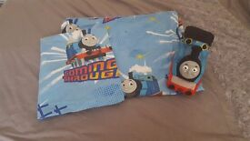Thomas the tank toddler bedding and night light