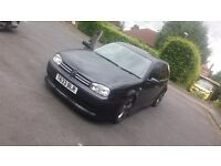 VwGolf 2.3 auto looks like a r32 been lowered 18in alloys mamo lights and lots more