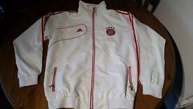 Genuine Bayern Munich Adidas White Jacket XL