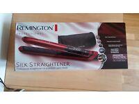 Hair straightener Remington