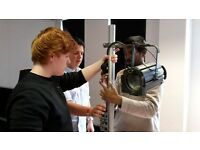 Free training course (2 weeks) in sound and lighting for events, supported by Young Start