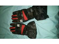 Winter tinsulated and waterproof leather gloves