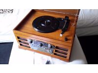 Record player with radio,CD player and cassette player New condition