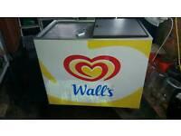 Walk ice cream freezer