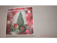 "AROUND THE CHRISTMAS TREE-""VARIOUS ORIGINAL ARTISTS""-12' VINYL LP-(EX/EX+)"