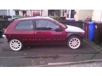 red project renault clio mk1 1.4 petrol