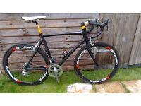 Carbon fibre road bike - 56cm
