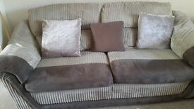 3 seater sofa reduced to £35 final reduction for quick sale
