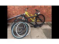 2x Mountain bikes spares or repairs