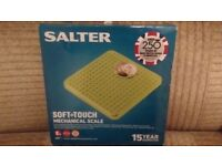 Salter - Soft Touch Mechanical Bathroom Scales (NEW)