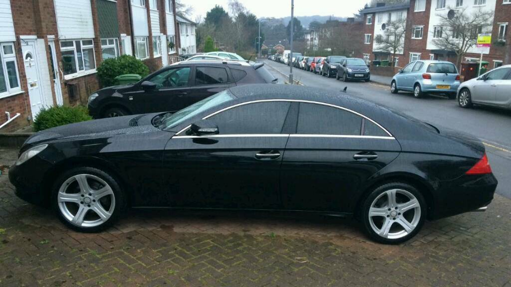 2008 39 08 39 mercedes benz cls 320 coupe s auto beautiful car must see in st mellons cardiff. Black Bedroom Furniture Sets. Home Design Ideas