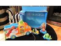 BOXED VTECH LOAD & GO CAR CARRIER MUSICAL PULL ALONG RRP£23.00