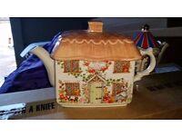 """Sadler """"Ye Olde Teapot Inn"""" teapot"""