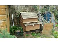 Large Chicken coop ( up to 6 hens)