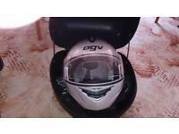 AVG Longway Helmet(M), 32l Top Box, 2m 10mm Security chain, Alpinestars Gloves X 2