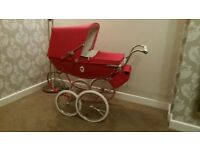 Silver Cross doll's pram, limited addition Poppy Red. incl matching bag, mattress and shopping tray