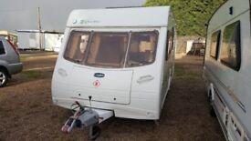Caravan for sale in Lincolnshire 2005 Lunar Zenith Four 4 berth caravan
