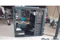 GAMING PC (AMD FX-8350, 16 GB RAM 2133 MHz, 2 GB AMD RADEON R9 270X, 120GB SSD, 1 TB HDD, new PSU)