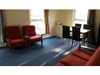Top Floor Two bedroom Flat to let
