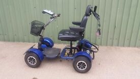 Electric golf buggy, two 75 AH batteries and charger