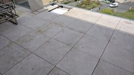 Porcelain tiles for flat roof