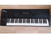 Yamaha SY85 Keyboard Workstation and Synth for Sale. Excellent Condition.