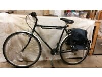 """Gents Bicycle (Dawes """"Street Lite"""") with panniers and rack. 15 gears."""