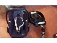 Maxi Cosi Easybase 2 and Pebble Car seat