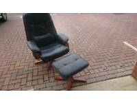 Leather reclining executive chair