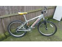 """Nice clean Saracen Xile jump bike 7 speed front suspension and 26"""" inch alloy bomber rims"""