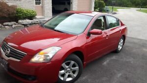 2009 Altima 2.5S only 150km $6995 or reasonable offers