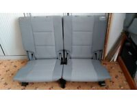 VW TOURAN FOLDING BOOT SEATS IN EXCELLENT CONDITION £80 PAIR